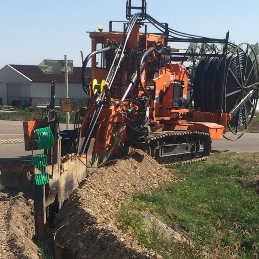 Tesmec Marais GD2 Rocksaw Trencher for network deployment in rural environments