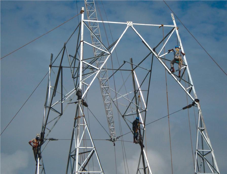 Tesmec Stringing Electric Powerline Building