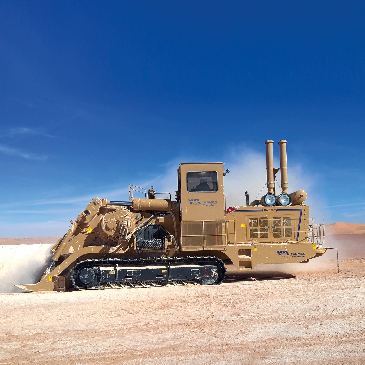 1675 EVO Tesmec Trencher for deep trenching works