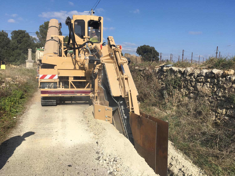 Tesmec 950R advanced chainsaw digging solution