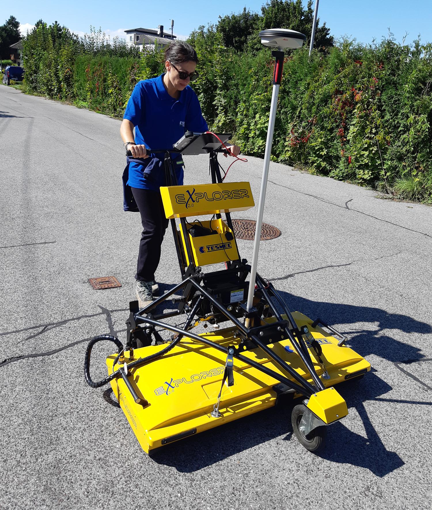 Tesmec Georadar Explorer 2.0 Ground Probing Radar which detects underground utility