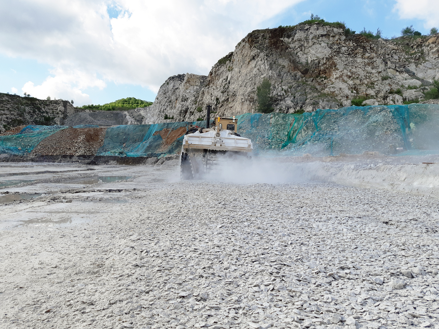 Tesmec 1475XL EVO Surface Miner for open-pit quarries