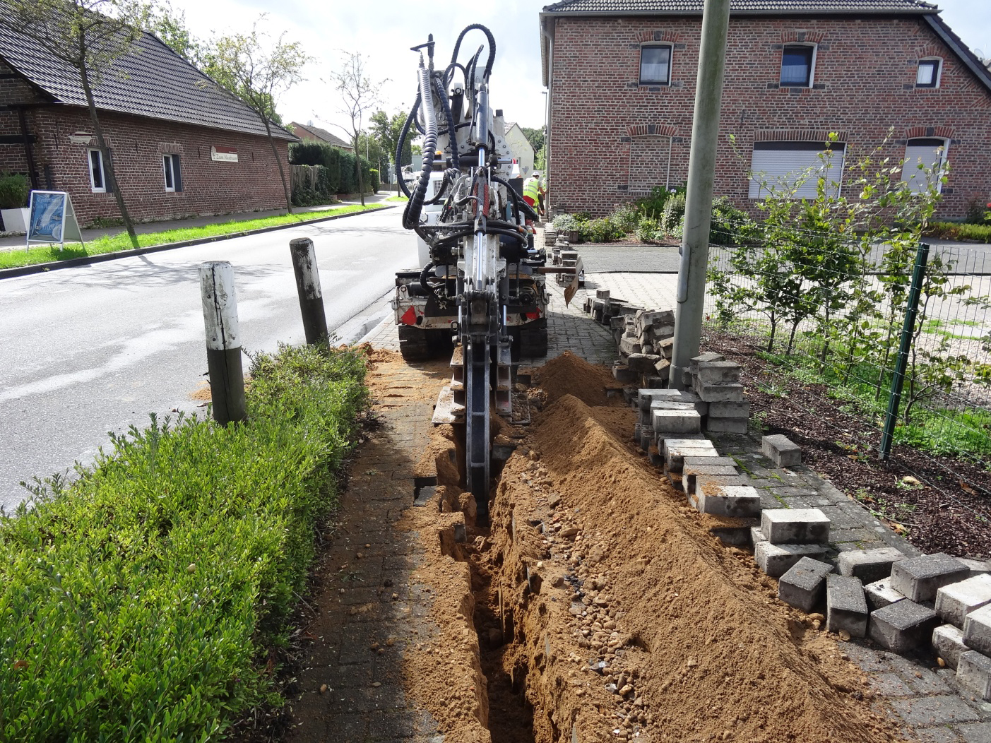 Tesmec SC3C Compact Sized Chainsaw Trencher