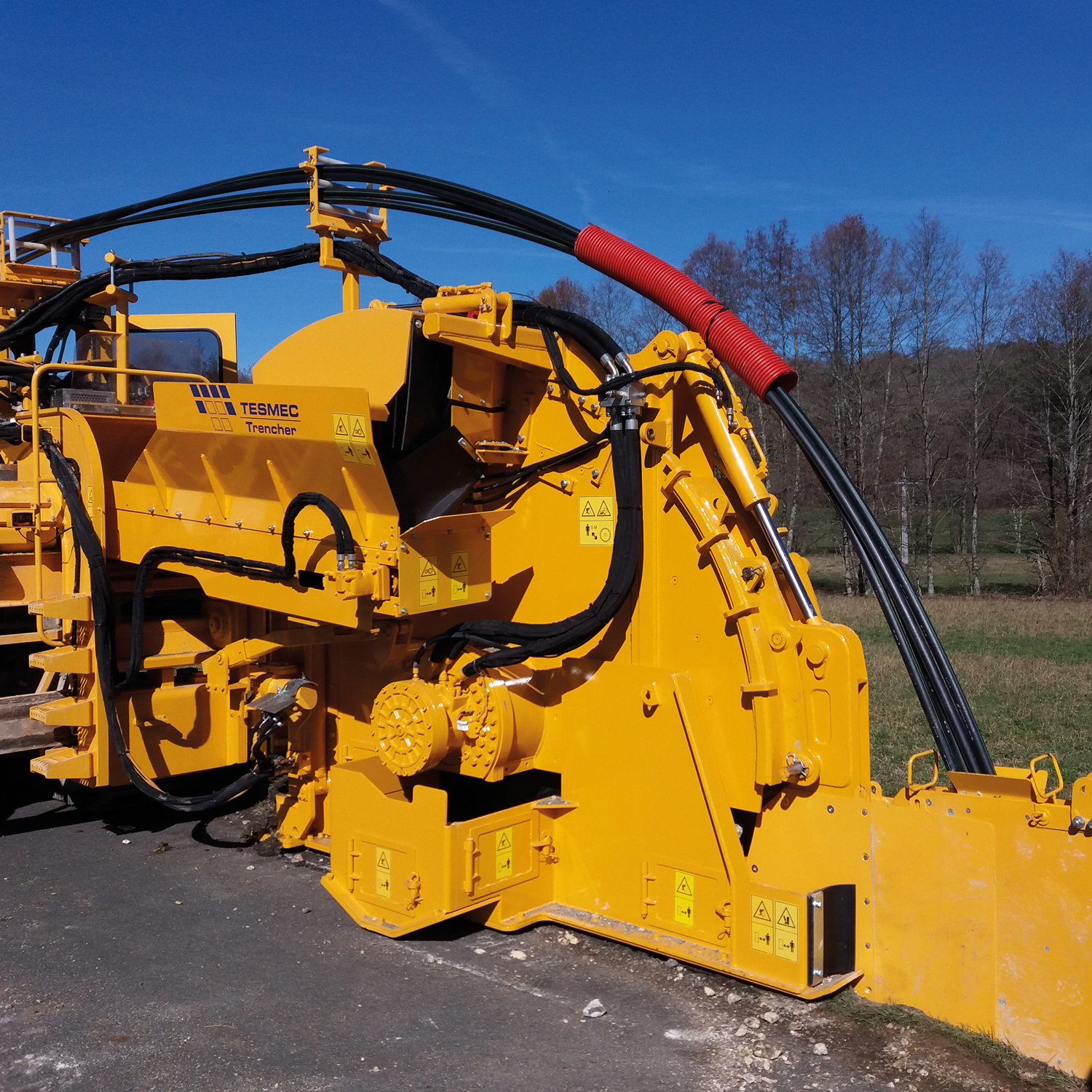 Compact Trencher for Urban jobsites Tesmec 950R T1000